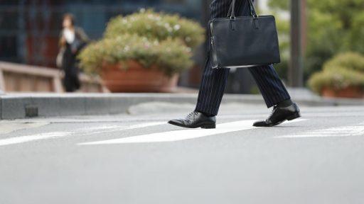 メンズ革靴をカジュアルとビジネスでシーン別におすすめ