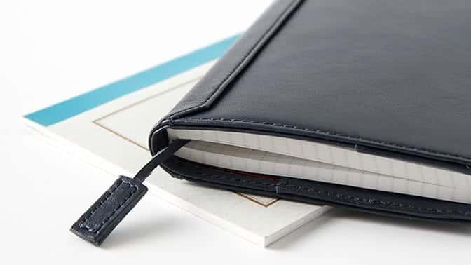 ビジネスレザーファクトリーのノートカバー