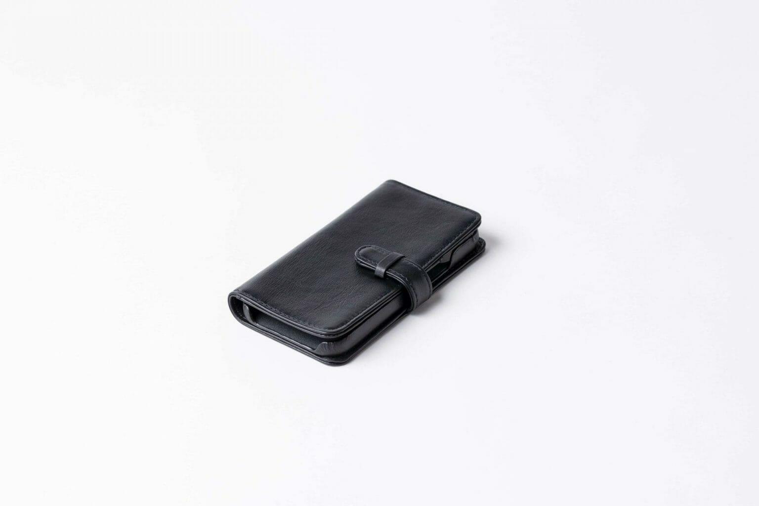 iPhone12手帳型ケース