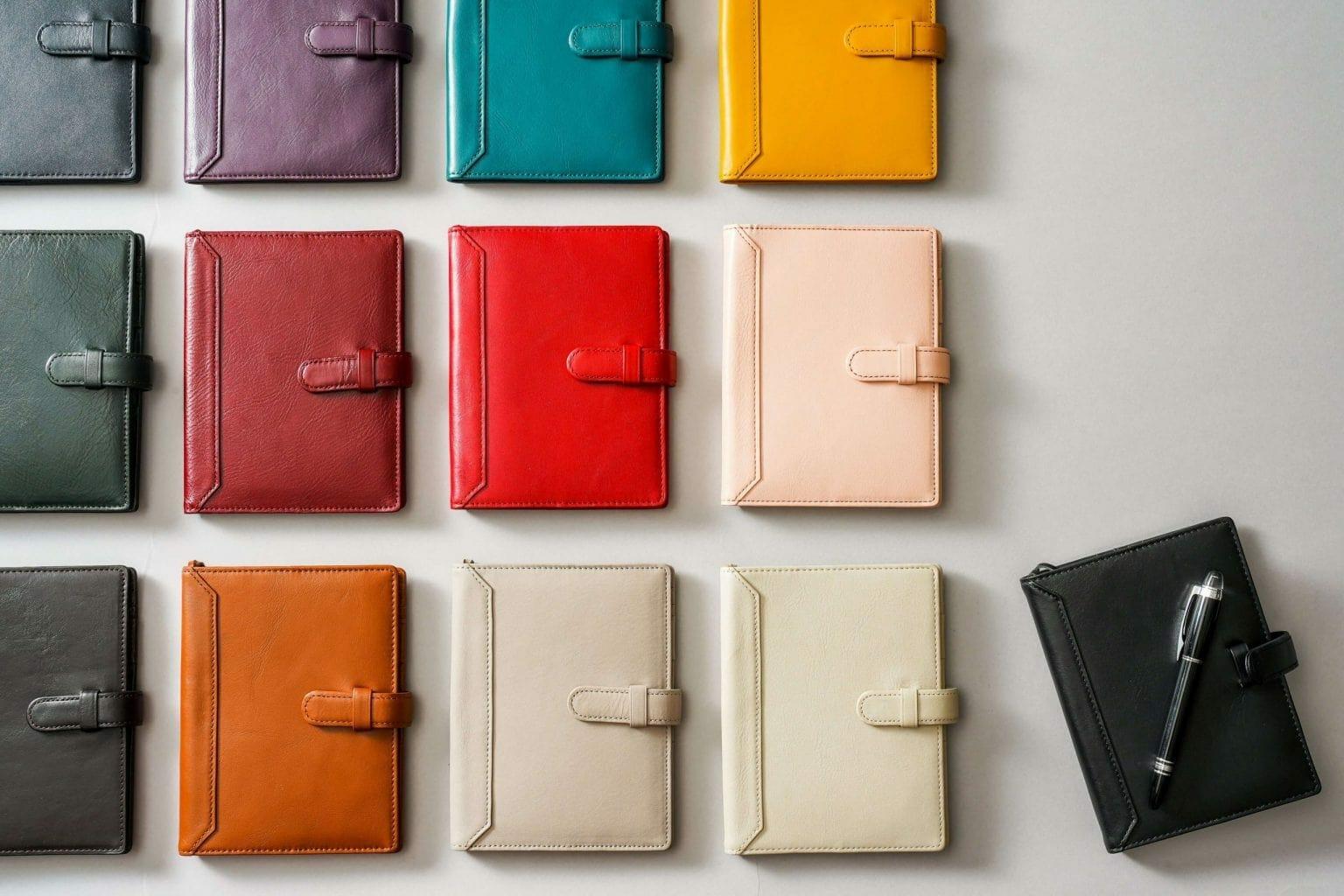 13カラー 手帳